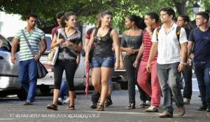 jóvenes-cubanos