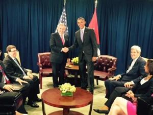 Raúl-y-Obama-en-Nueva-York-29-de-septiembre-de-2015-580x439