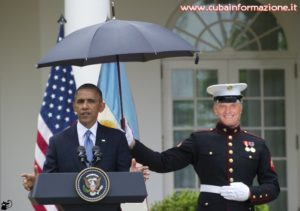 macri-umbrella obama